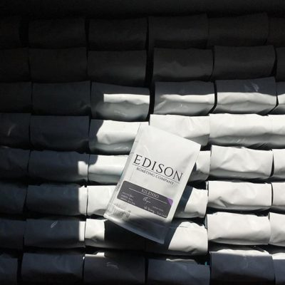 There's a way to do it better – find it. #thomasedison @edisoncoffeeco #specialtycoffee #connectingpeople #inspiringothers #qualityinsideout #greatbrandsgreatpackage #regram 📷: @edisoncoffeeco
