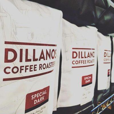 Helping people, making friends, having fun and roasting great #specialtycoffee @dillanos #coffeepackaging #customcoffeebags #coffeepackagingprinting #regram 📷: @dillanos