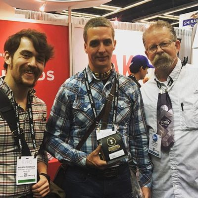Fun x2 catching up with the @thedoubleshot crew @specialtycoffeeassociation #coffeeexpo2017. Roasting delicious #specialtycoffee in #tulsaoklahoma in quality #coffeepackaging! #customcoffeebags #coffeepackagingprinting