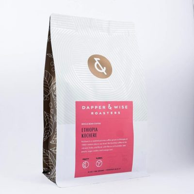 Love this beautiful new #packaging @dapperandwise designed by @jolbyandfriends, which brings together function and style.  The front design offers ample room for flavor descriptors, while a resealable zipper on the back makes for easy access.  The new design is also easier on production to fill with delicious #specialtycoffee.  #greatbrandsgreatpackage #coffeepackaging #customcoffeebags #coffeepackagingprinting 📷: @dapperandwise