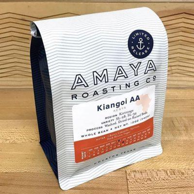 Anchored in quality @amayaroastingco in #houstontx #greatbrandsgreatpackage #coffeepackaging #customcoffeebags #coffeepackagingprinting 📷: @amayaroastingco