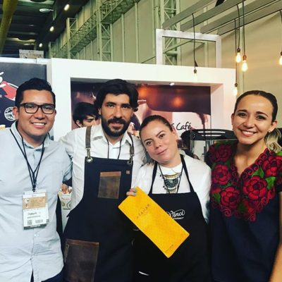 Great to have met Mexico  barista champion 🏅Luis Feria @feria.l won using @azaharcoffee!  #greatbrandsgreatpackage #coffeepackaging #customcoffeebags #coffeepackagingprinting