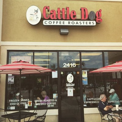 It says a lot about a roaster when the coffee they serve coffee of the day is exceptional! James @cattledogcoffeeroasters provides a welcoming cup #greatcoffee #hernandofl #floridacoffee #savorbrands