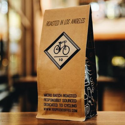 Responsibly sourced and #microbatch roasted in #LA @10speedcoffee with sleek #kraft #packaging #specialtycoffee #cyclingculture #greatbrandsgreatpackage 📷: @10speedcoffee