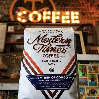 One of the world's only #breweries that roast their own #coffee in-house @moderntimesbeer in #sandiego #qualityinsideout #greatbrandsgreatpackage #regram 📷: @moderntimesbeer