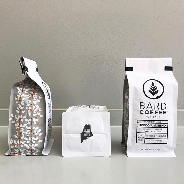❤️ this beautiful new #packaging @bardcoffee! Telling a story in every delicious cup by carefully sourcing, roasting and preparing #specialtycoffee in #portlandmaine #greatbrandsgreatpackage #coffeepackaging #customcoffeebags #coffeepackagingprinting 📷: @bardcoffee