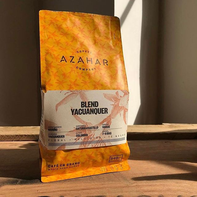 #FreshRoasted and #FarmFresh @azaharcoffee, delivering outstanding #singleorigin #coffee from #Colombia's best farmers #greatbrandsgreatpackage #coffeepackaging #customcoffeebags #coffeepackagingprinting 📷: @azaharcoffee