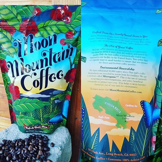Carefully crafted from their family-owned farm in #CostaRica to you @moonmountaincoffee #qualityinsideout #microganic #specialtycoffee #coffeepackaging #customcoffeebags #coffeepackagingprinting 📷: @moonmountaincoffee Design: @brigette_lopez_design