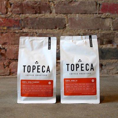 Delicious #specialtycoffee diligently crafted @topecacoffee in #TulsaOK #qualityinsideout #coffeepackaging #customcoffeebags #coffeepackagingprinting 📷: @topecacoffee
