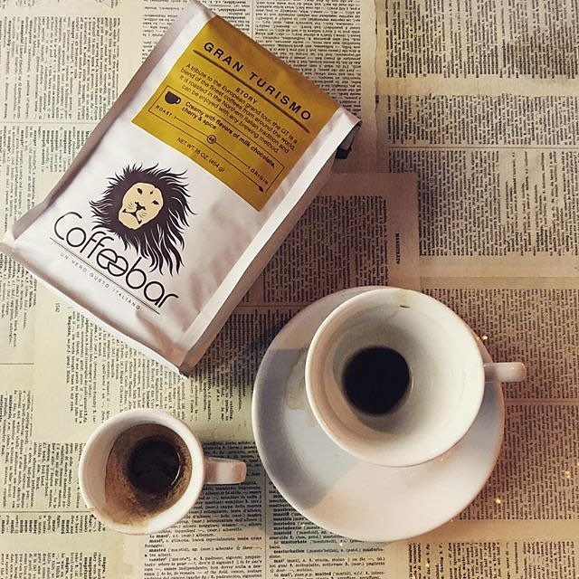 From seed to cup, sourcing and serving the highest-grade #coffee available @coffeebar #c1coffee #unverogustoitaliano #qualityinsideout #coffeepackaging #customcoffeebags #coffeepackagingprinting 📷: @coffeebar