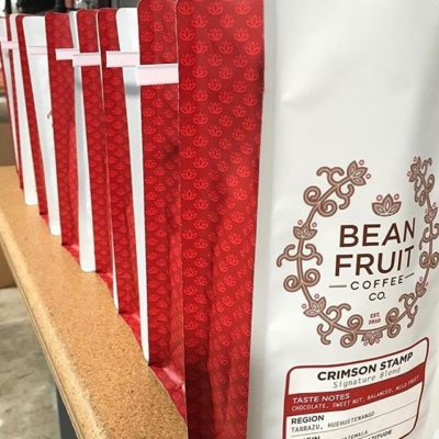 Meticulously selected #specialtycoffee roasted to perfection @beanfruitcoffee #awardwinningcoffee #qualityinsideout #sustainablecoffee #coffeepackaging #customcoffeebags #coffeepackagingprinting 📷: @beanfruitcoffee