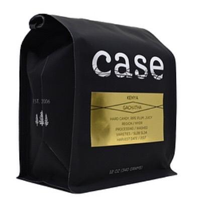 Seeking and finding the best coffees on earth @case_coffee_roasters Roasted in #AshlandOregon #specialtycoffee #coffeepackaging #customcoffeebags 📷: @case_coffee_roasters