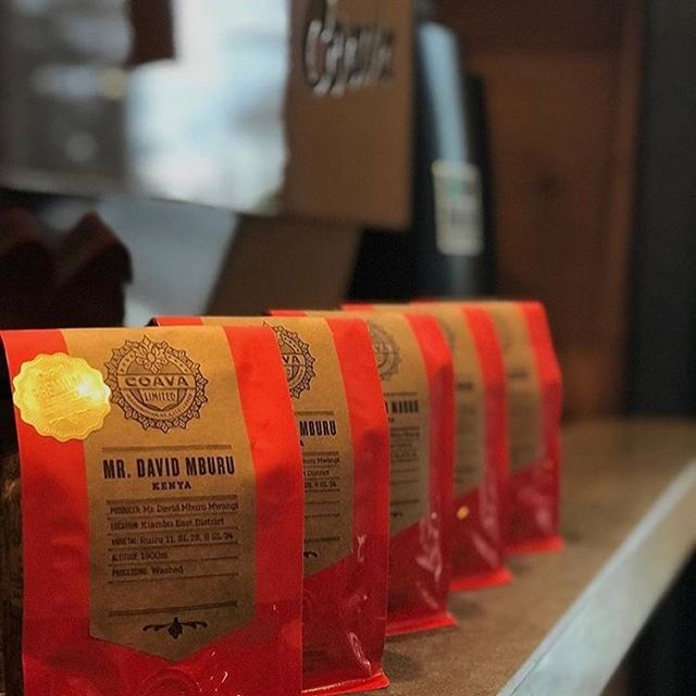 Committed to longstanding, sustainable partnerships with producers and a relentless focus on quality @coavacoffee #qualityinsideout #coffeepackaging #customcoffeebags 📷: @coavacoffee