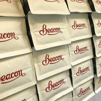 Roasting high-quality micro-lots from family-owned farms around the world since 2010 @beaconcoffee #specialtycoffeeroaster #relationshipcoffee #qualityinsideout #coffeepackaging #customcoffeebags 📷: @beaconcoffee