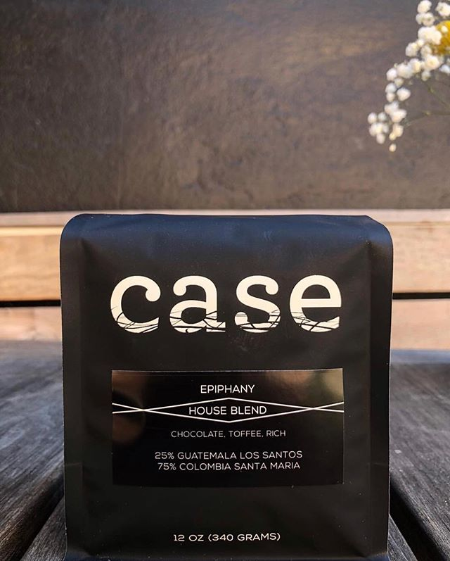 Seeking and finding the best coffees on earth @case_coffee_roasters #specialtycoffeeroaster #coffeepackaging #customcoffeebags 📷: @case_coffee_roasters