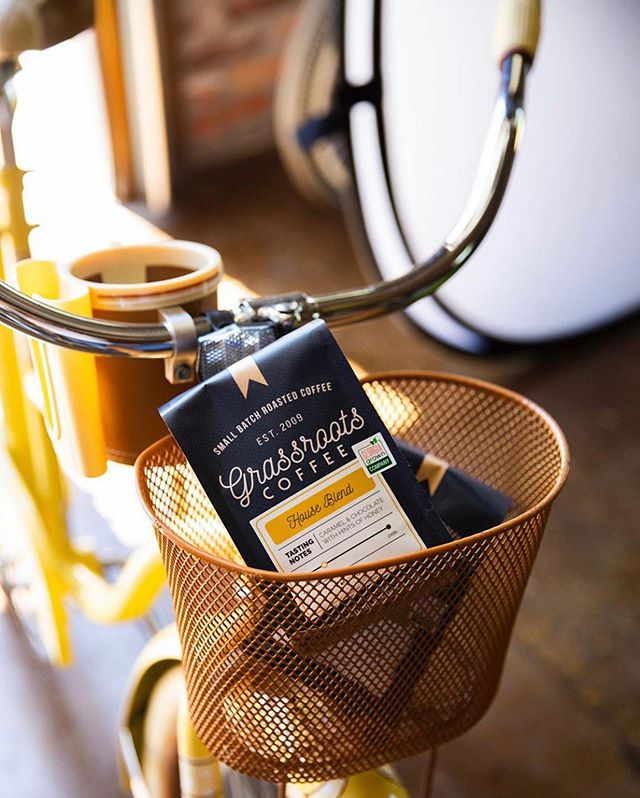 @grassrootscoffee Dedicated to bringing you the best cup of coffee you've ever had #grassrootscoffee #specialtycoffeeroaster #coffeepackaging #customcoffeebags 📷: @grassrootscoffee