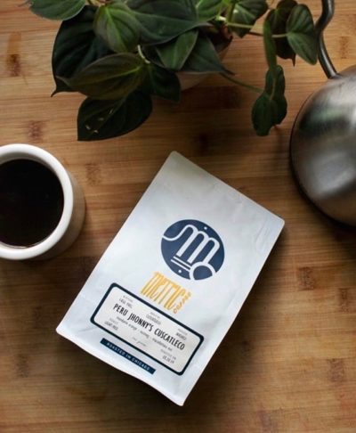 @metriccoffee Sourcing & roasting radiant coffees #madebyhumans #metriccoffee #specialtycoffeeroaster  #coffeepackaging #customcoffeebags 📷: @metriccoffee