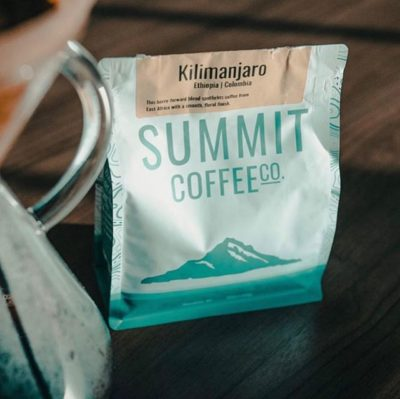 @summitcoffee Find Your Summit #summitcoffee #specialtycoffeeroaster #coffeepackaging #customcoffeebags 📷: @theideapeople