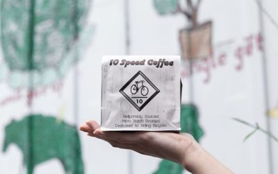 @10speedcoffee Carefully sourced, micro batch roasted, and packaged to perfection  #10speedcoffee #specialtycoffeeroaster #coffeepackaging #customcoffeebags 📷: @10speedcoffee