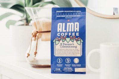 @myalmacoffee Farming & Roasting With Soul⠀ #almacoffee #specialtycoffeeroaster #coffeepackaging #customcoffeebags⠀ 📷: @myalmacoffee