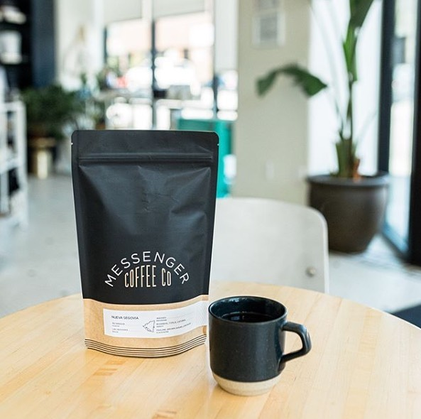 @messengercoffee Roasting real good coffee for the people. #messengercoffee #specialtycoffeeroaster #coffeepackaging #customcoffeebags 📷: @messengercoffee