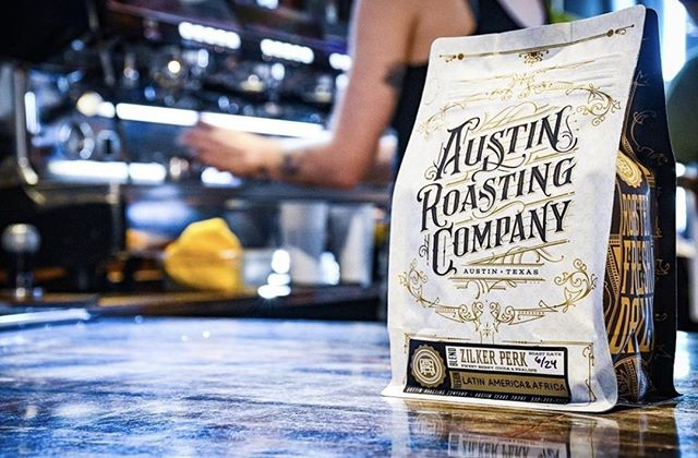 Premium coffee roasted fresh daily in Austin, TX @austinroco ⠀ #austinroastingcompany #specialtycoffeeroaster #coffeepackaging #customcoffeebags ⠀ 📷: @austinroco