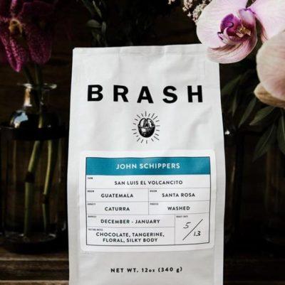 @brashcoffee Pursuers of Simple, Delicious Coffee⠀ #brashcoffee #specialtycoffeeroaster #coffeepackaging #customcoffeebags⠀ 📷: @brashcoffee